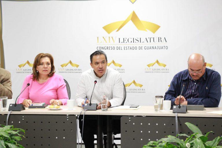 Israel Cabrera en el Congreso de Guanajuato